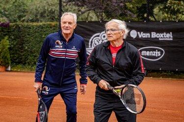 Team Sportservice en TC Middenmeer willen meer ouderen laten tennissen